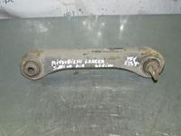 Image de Bras transversal 2e essieu avant supérieur droite Mitsubishi Lancer de 1996 à 1998